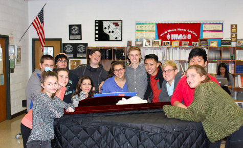 "PV Choir to host ""Coffeehouse"" talent night"