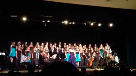 PV Choir and Band perform in Holiday Concert