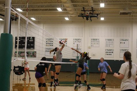 Under new head coach, PV girls volleyball looks to thrive