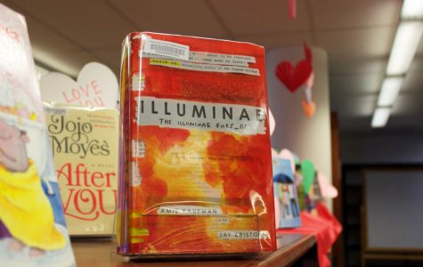 """Illuminae"" is a captivating and untraditional read"
