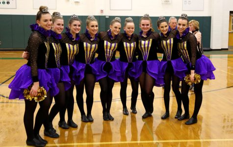 Dance Team hosts farewell performance before Florida competition