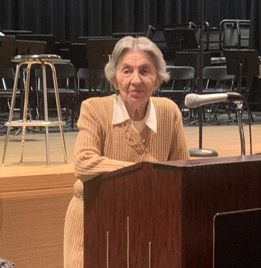 Bella+Miller+spoke+to+Pascack+Valley+students+in+World+History%2C+Critical+Analysis+of+History+Through+Film%2C+and+Literature+of+the+Holocaust+classes.+She+is+a+Holocaust+survivor+whose+goal+is+to+educate+others+on+the+past+and+spread+kindness.%0A