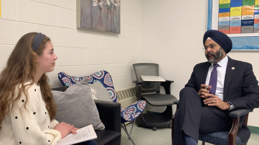 The first Sikh Attorney General, New Jerseys Gurbir Grewal spoke at Pascack Valleys Unity in the Valley event on Tuesday, March 19. Grewal chatted with Smoke Signal Editor in Chief Madison Gallo prior to the event.