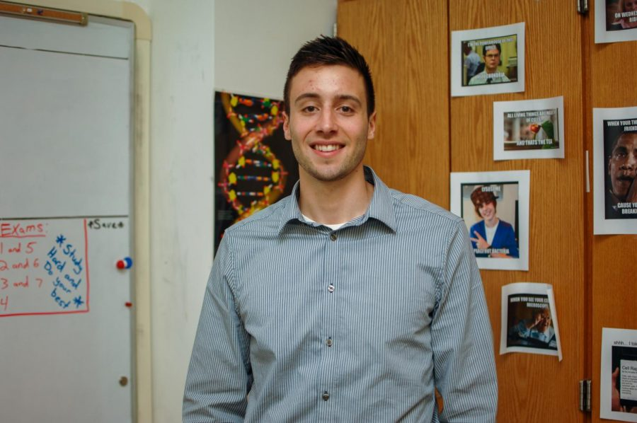 First-year+Pascack+Valley+science+teacher+Daniel+Grothues+began+working+at+PV+in+January+of+2019+when+science+teacher+Michela+Piccoline+left+for+maternity+leave.+He+has+always+wanted+to+work+in+the+science+field+like+his+father+and+mother.