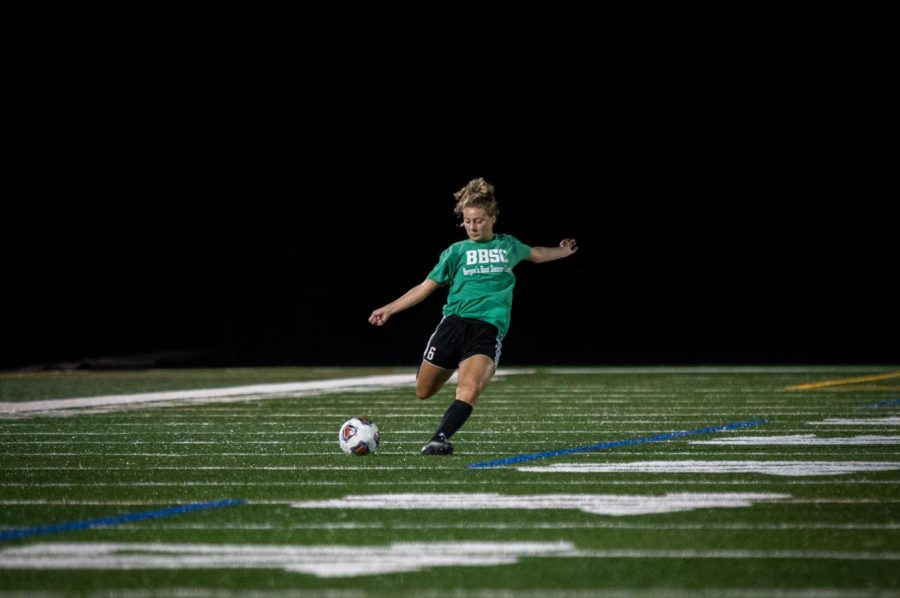 Girls soccer plans to succeed behind experienced team
